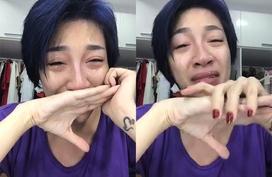 Pha Lê livestream khóc nức nở cầu cứu sau khi bị giật túi xách