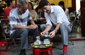 Đến Việt Nam, Thủ tướng Canada làm những việc khiến ai cũng bất ngờ