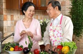 Những nguyên tắc ăn uống lành mạnh cho người cao tuổi