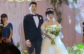Nghệ sĩ từ Sài Gòn ra Hà Nội dự đám cưới Trương Nam Thành