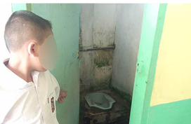 Giáo viên phạt học trò liếm nhà vệ sinh 12 lần khiến phụ huynh phẫn nộ