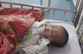 Bé 15 tháng tuổi mang trong mình 11 dị tật, tim bẩm sinh nặng