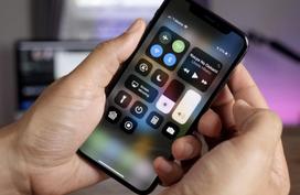 5 smartphone mất giá nhất nửa đầu 2018