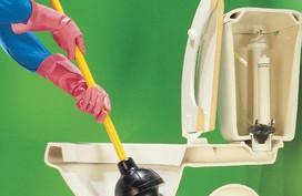 6 cách thông tắc bồn cầu cực đỉnh không tốn một giọt mồ hôi, ai cũng làm được