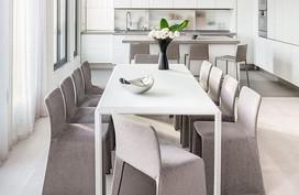 Rất đơn giản, nhưng những bộ bàn ăn này lại giúp ngôi nhà đẳng cấp hơn