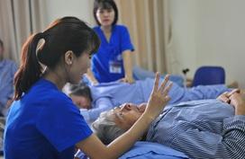 Việt Nam phải có chiến lược dài hạn làm chậm thời gian chuyển đổi từ già hóa dân số sang dân số già
