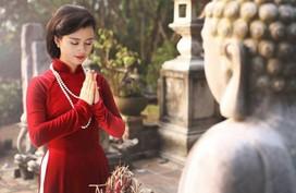 Lễ chùa đầu năm: Bí kíp chọn trang phục phù hợp, tránh phản cảm