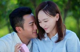 """Cặp vợ chồng sửa xe đặc biệt hạnh phúc ở giữa lòng Hà Nội nhờ áp dụng câu của cổ nhân """"Vợ chồng kính nhau như tân"""""""