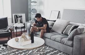 Chàng trai cung Xử Nữ khiến ai cũng trầm trồ khen ngợi vì có giải pháp thiết kế thông minh cho căn hộ 94m²