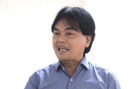 """Thầy hiệu trưởng dám chi 300 triệu mời Sơn Tùng M-TP """"vì học sinh thích"""""""