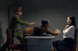 'Nàng dâu order': 'Hồ ly' Phương Oanh bị bắt vẫn không tỉnh ngộ, xông vào đánh Lan Phương giữa đồn công an