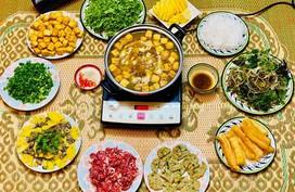 Mâm cơm mùa hè ít thịt, nhiều rau của diễn viên Diệu Hương