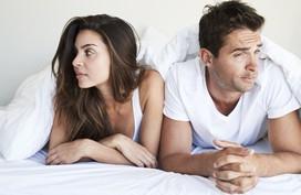 Yếu sinh lý nhưng chồng tôi vẫn liên tục ngoại tình