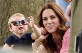 Những khoảnh khắc làm 'tan chảy trái tim' fan của Hoàng tử Louis