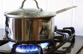 Đun nấu xong nhớ bỏ 3s làm việc này, vừa tiết kiệm 50% ga lại an toàn, chống cháy nổ