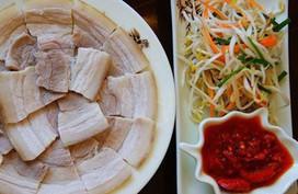 Luộc thịt lợn dùng nước nóng hay lạnh, nếu dùng sai thịt vừa khô vừa không thơm