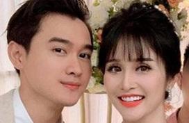 Khách mời đi đò khi dự cưới Thảo Trang ở Quảng Ngãi