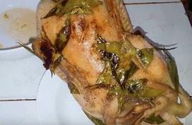 Luộc vịt không cần nước, thịt chín đều, thơm lại chắc thịt, đậm đà ngon gấp 10 lần cách cũ