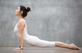 6 bài yoga kéo giãn cơ bắp, xả stress