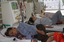 Hướng tới bảo hiểm y tế toàn dân (2): Cứu cánh của người nghèo