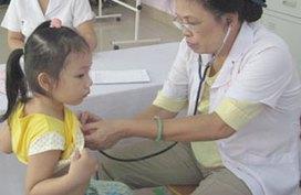 Khám sàng lọc cho trẻ em bị bệnh tim bẩm sinh
