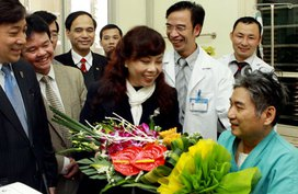 """PGS.TS Nguyễn Quang Tuấn-Giám đốc Bệnh viện Tim Hà Nội: Bác sỹ """"làm khó"""" để có phong bì là một điều tồi tệ!"""