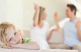Bố mẹ cãi vã, con dễ bị trầm cảm
