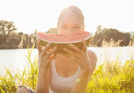 Những thực phẩm tưởng lành mạnh nhưng gây đầy hơi và tàn phá dạ dày