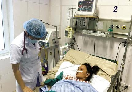 Dịch sốt xuất huyết bùng phát ở Hà Nội: Nhiều người dân vẫn thờ ơ bên những ổ muỗi