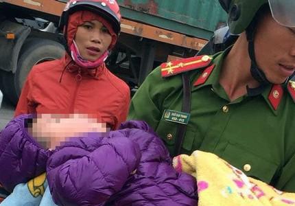 Bé trai 3 tuổi bị bỏ rơi trong cảnh đói, rét dưới chân cầu ở Bắc Ninh