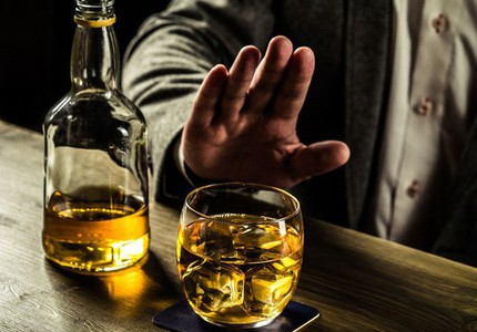 Có thể chết vì cai rượu không đúng cách