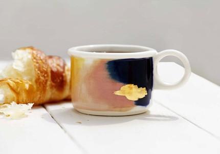 Nếu bạn có một người bạn thích uống trà, hãy mua tặng họ 1 trong những món đồ dùng cực xinh dưới đây