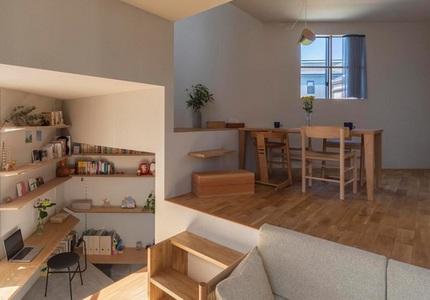 Mê cung trong căn nhà 3 tầng khi mặt sàn được chia thành 16 độ cao khác nhau