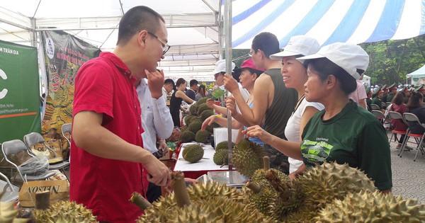 """Phó Thủ tướng Chính phủ Vũ Đức Đam: """"Không thể để gia đình văn hóa mà lại làm thực phẩm bẩn"""""""