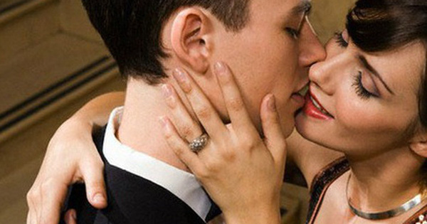 Bất ngờ những thứ đàn ông có vợ thường mang tới cho người tình