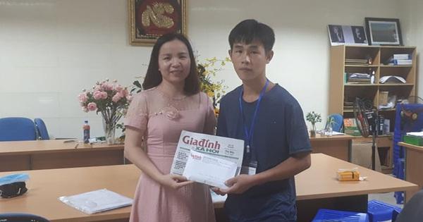 Trao hơn 22 triệu đồng đến với bé Chang Thị La bị u mắt