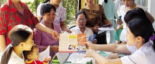 TPHCM: Truyền thông dân số cho người dân vùng ngập mặn