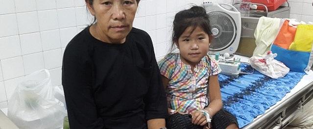 Em bé người Mông có khối u dị thường đã xuất viện