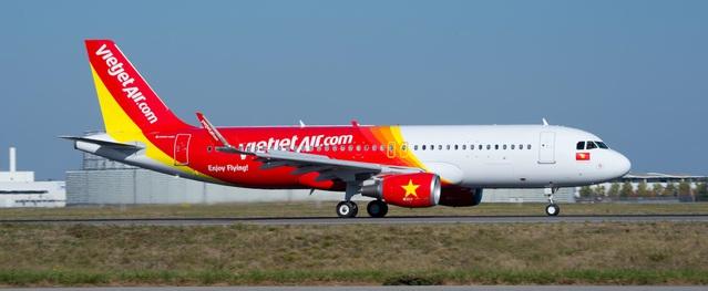 """Vietjet Air bị khách """"tố"""" lên Bộ GTVT: """"Tôi cần sự công bằng"""""""