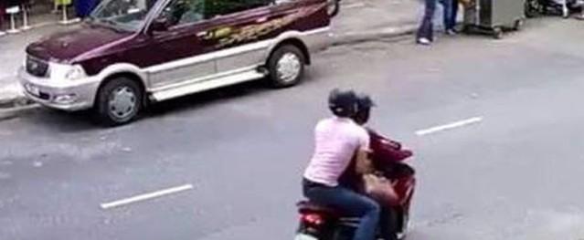 Không có tiền chữa bệnh cho con, 2 vợ chồng chở nhau đi cướp