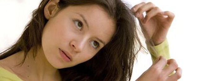 Tóc bạc: Dấu hiệu cảnh báo sức khỏe có vấn đề
