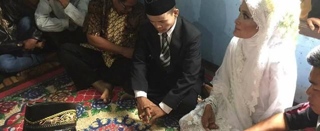 Cụ bà 78 tuổi ở Indonesia gây sốc khi tuyên bố mang thai với chồng 28