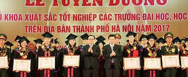 Chưa có thủ khoa nào ở Hà Nội phá bỏ cam kết làm việc