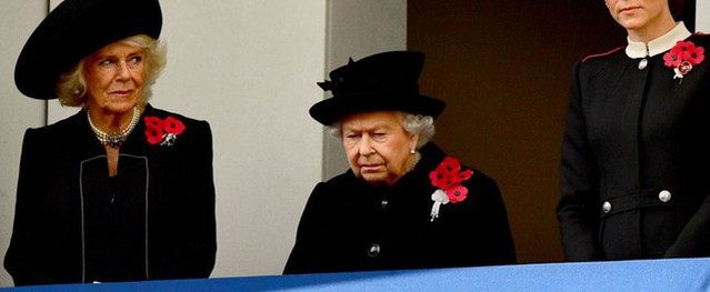 Khoảnh khắc bà Camilla liếc mắt nhìn con dâu gây sốt dư luận nhưng cách Công nương Kate 'đáp trả' mới là đỉnh cao