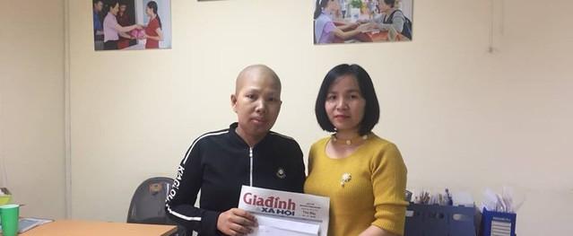 Bạn đọc Báo Gia đình và Xã hội hỗ trợ hai vợ chồng ung thư