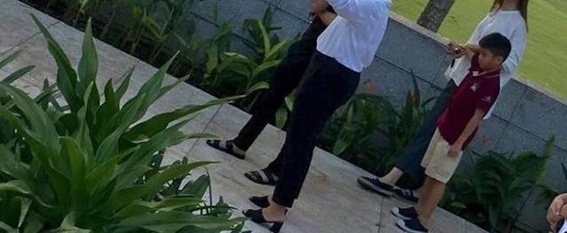Bị bắt gặp cùng con trai đi xem nhà, dân mạng lại xôn xao khẳng định Cường Đô La và Đàm Thu Trang sắp đám cưới