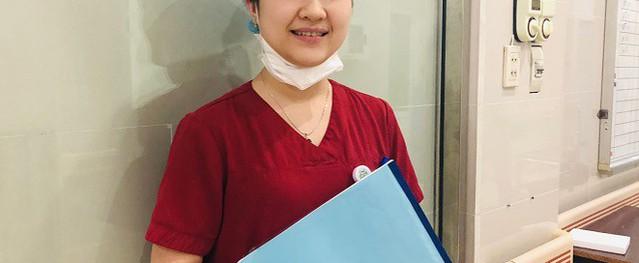 Nữ điều dưỡng: 'Không thực sự yêu nghề đừng chọn ngành y'