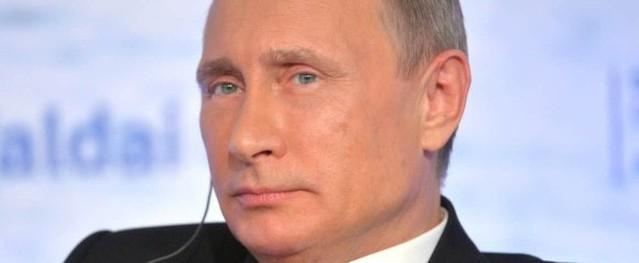 Hình ảnh đầu tiên của Tổng thống Putin đi bỏ phiếu ở Moscow