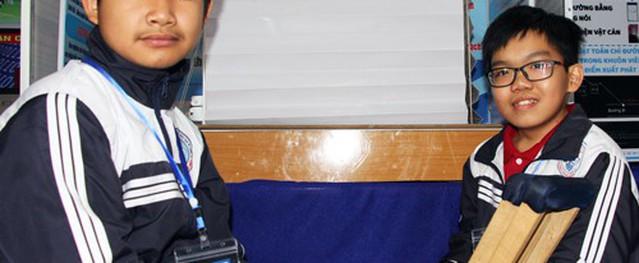 Mái che cà phê tự động của nam sinh khuyết tật ở Lâm Đồng