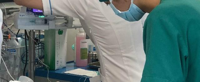 Bé sơ sinh nặng 600 gram được mổ tim tại Bệnh viện Nhi đồng